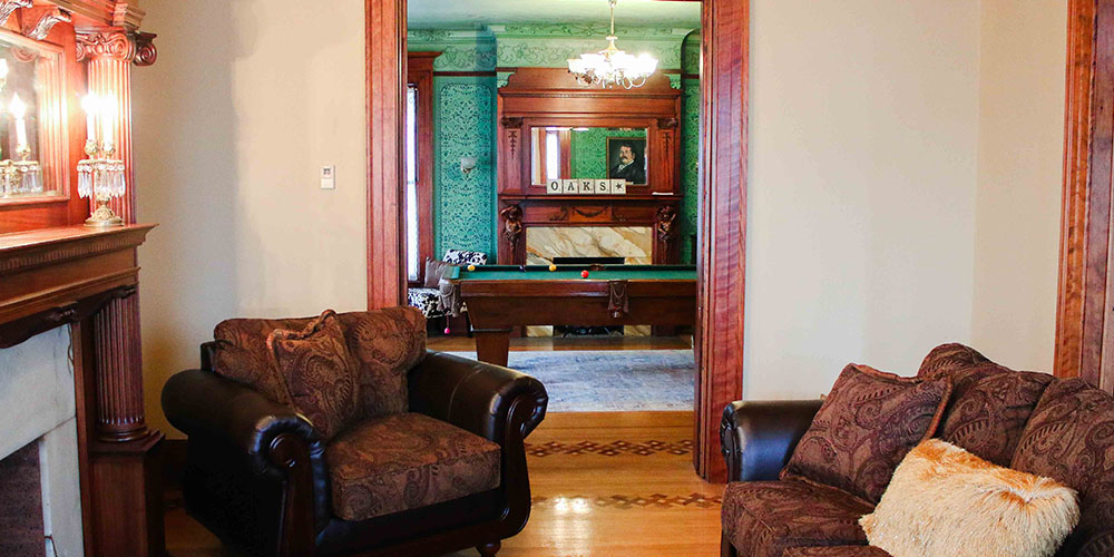 beautiful sitting room in Oaks Manor Churchville NY